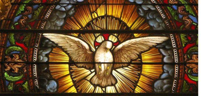 Conoce los misterios del rosario del Espíritu Santo