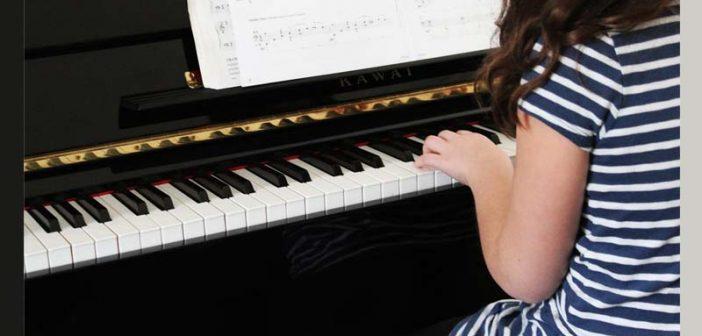 Anni sobrevivió al aborto y cárcel en China, toca en Carnegie Hall